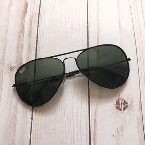 Ray Ban All Black Aviators